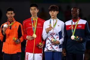 medaljisti 58 kg